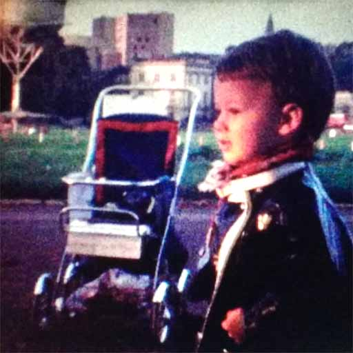 Little Paul at the start of all amazement